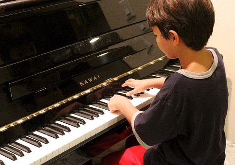 Five Benefits Of Learning Piano